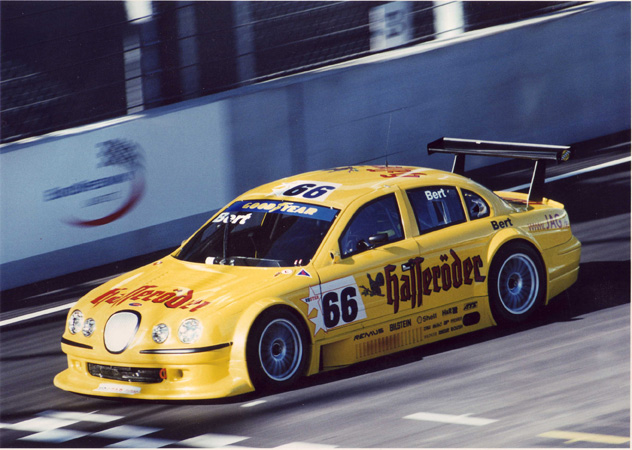 2001: V8 Star