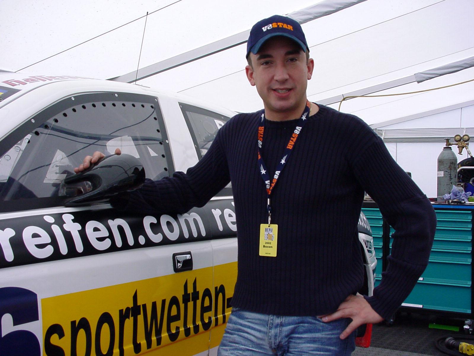 2002: V8 Star