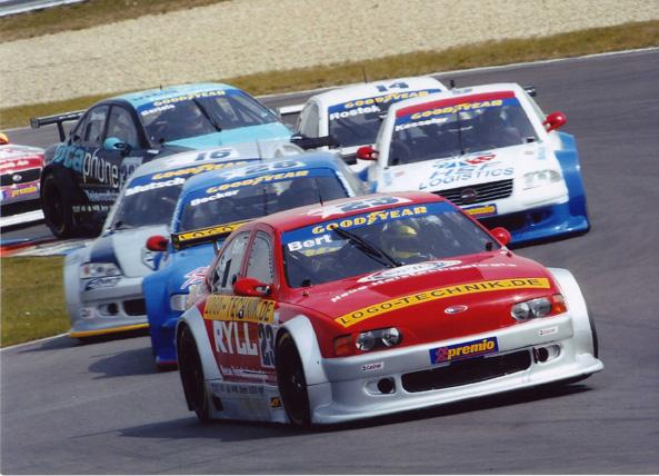 2003: V8 Star