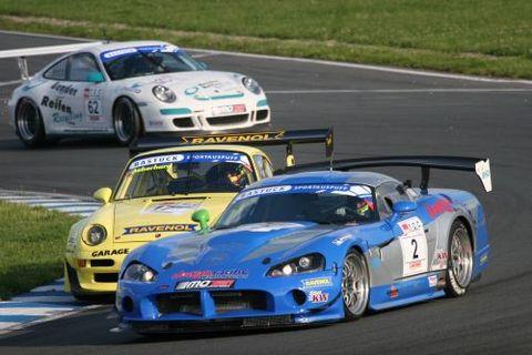 Historischer Fight: Sascha Bert (Dodge) und Jürg Aeberhard (Porsche)